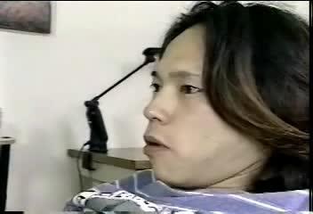 寝ている息子のチンポを我慢できずに口で咥える淫奔な人嫁-
